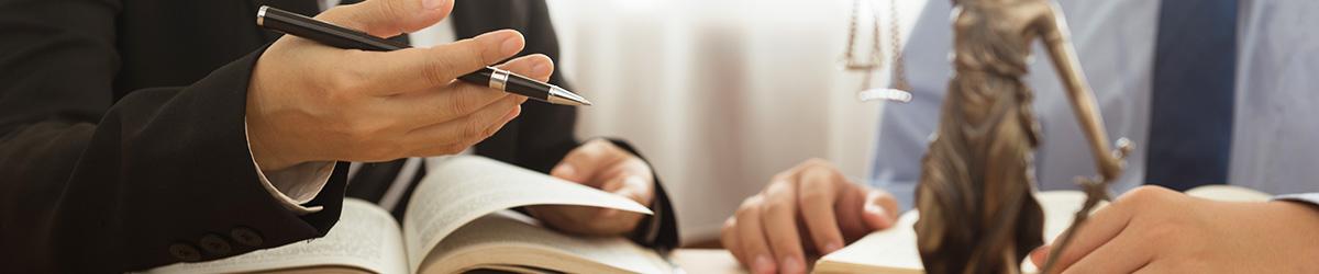 L'employeur est soumis à de nombreuses obligations dans le cadre de l'emploi d'un stagiaire.